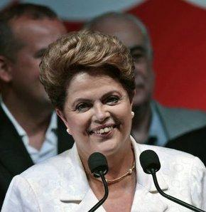 Brezilya'da Rousseff yeniden Devlet Başkanı seçildi