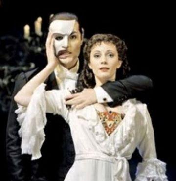 'Operadaki Hayalet' dizi oluyor