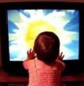 Üzerine televizyon devrilen çocuk öldü