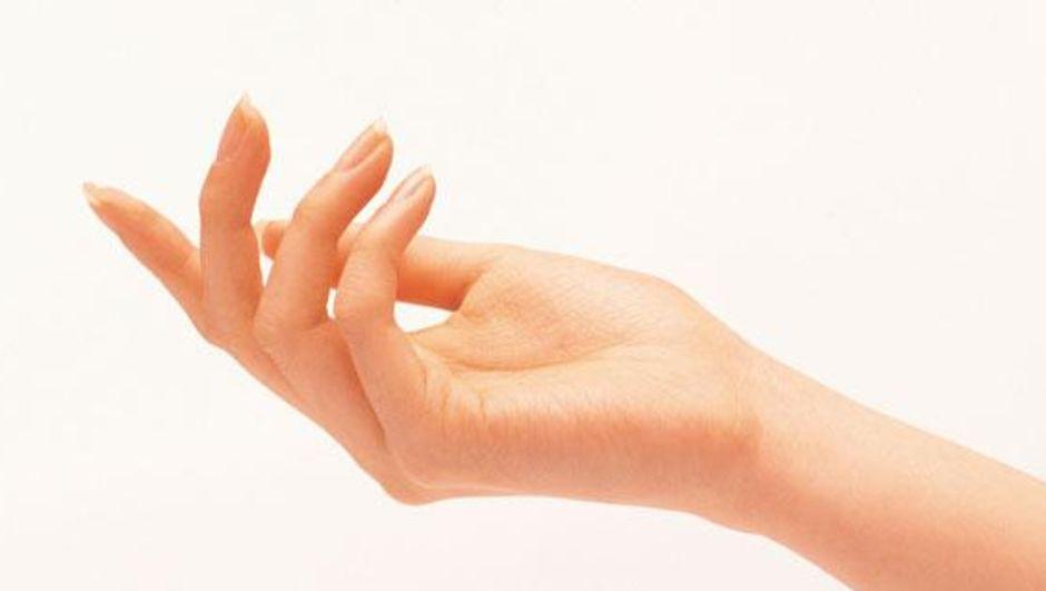 Elleriniz mi terliyor?