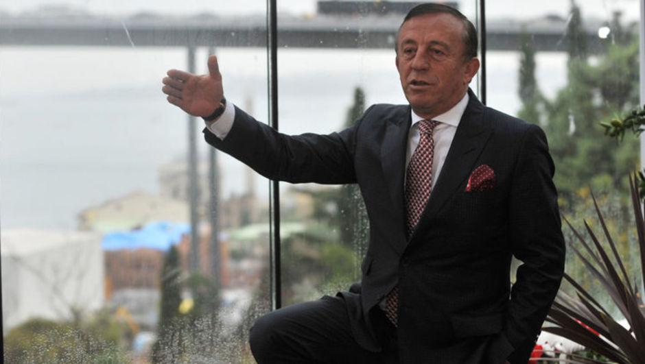 Ali Ağaoğlu: Görgüsüzlük zevk veriyor
