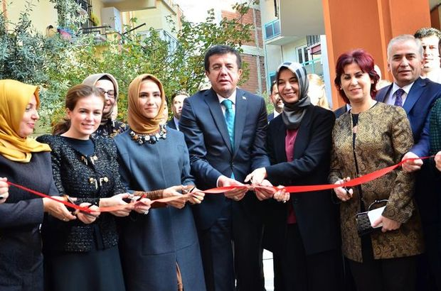 Bakan Zeybekci ve Sümeyye Erdoğan'dan dernek açılışı