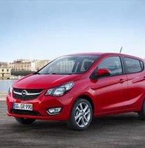 """Opel Corsa'ya """"Yılın En İyi Otomobili"""" ödülü"""