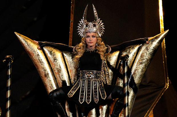 Madonnadan Illuminati şifreli şarkı Madonnanın Son Albümünde