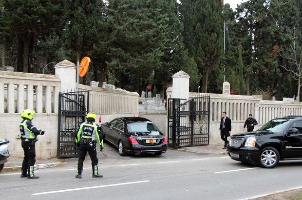 Cumhrubaşkanı Erdoğan'dan mezar ziyareti