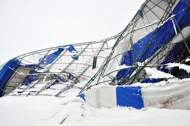 Okulun çatısı kar nedeniyle çöktü 84