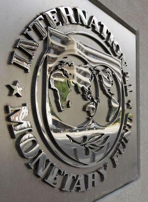 IMF beklentisini düşürdü