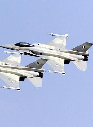 Yunan F-16'larından Türk uçağına 36 saniyelik taciz!