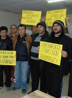 Ücretlerini alamayan işçiler eylem yolunda