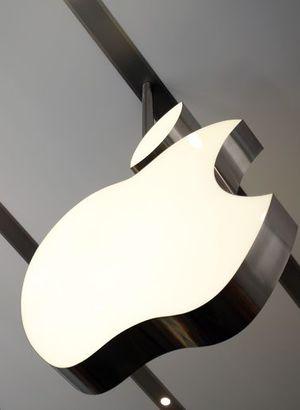Apple'dan tarihi rekor!