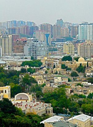 Petrol Azerbaycan'ı vurdu!