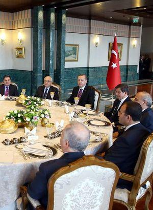 Başkanlar Saray sofrasında