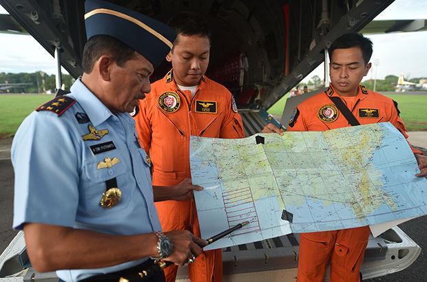 AirAsia uçağı yardımcı pilotun kontrolündeyken düşmüş,