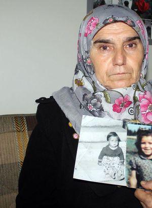 Kayıp kızını bu fotoğrafla arıyor