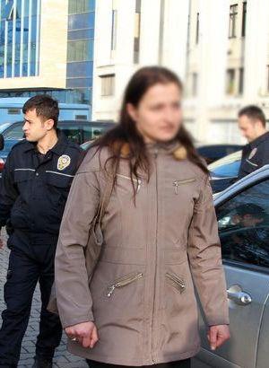 Savcı, şiddet uygulayan eşini öldüren kadına 'ceza verilmesin' dedi
