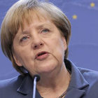 Merkel: İslam Almanya'ya ait ama...