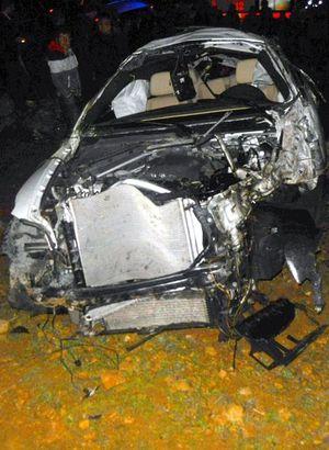 Takla atan otomobilden fırladı!.. 2 ölü, 1 yaralı!