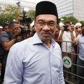 Malezya muhalefet liderine hapis cezası!