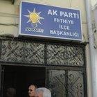 AK Parti Fethiye binası önünde patlama meydana geldi