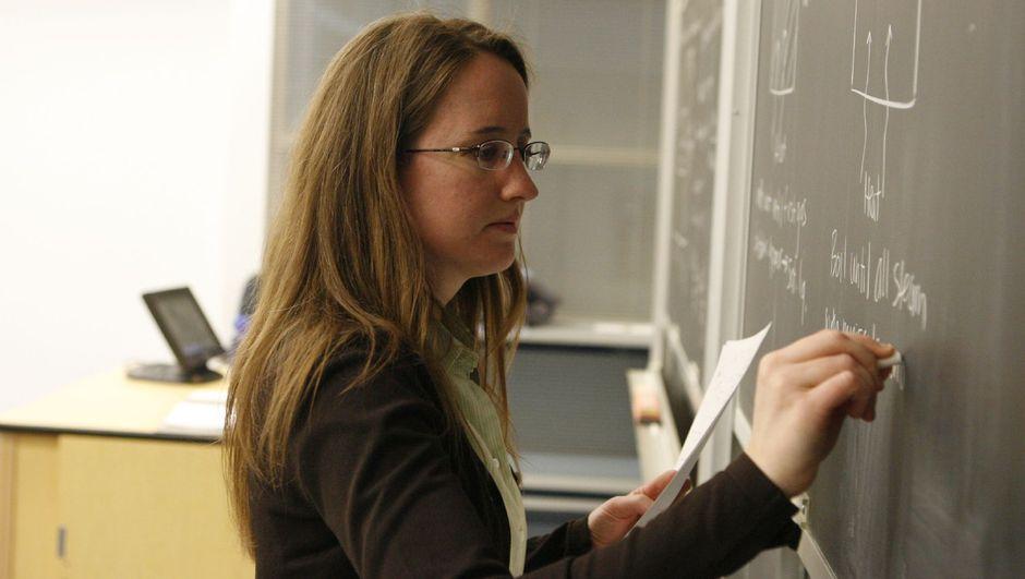 Öğretmenlerin ek der ücretinin artırılmasında son aşamaya gelindi