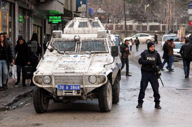Hakkari, polis aracı, molotofkokteyli, dershane, ses bombası