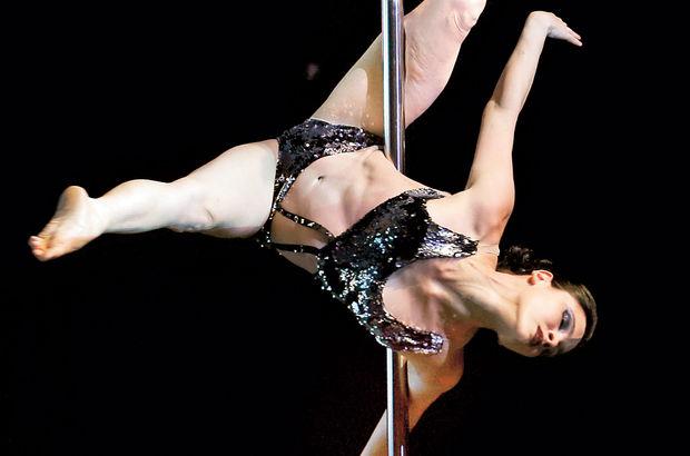 Sanayi'de direk dansı, Gizem Sevinç Selvi, Zeynep Vargil, Sevinç Gürmen