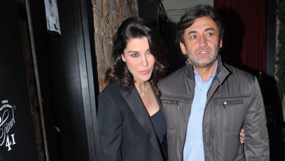 Deniz Akkaya ve Murat Varol, sevgililer gününü evde geçirdi