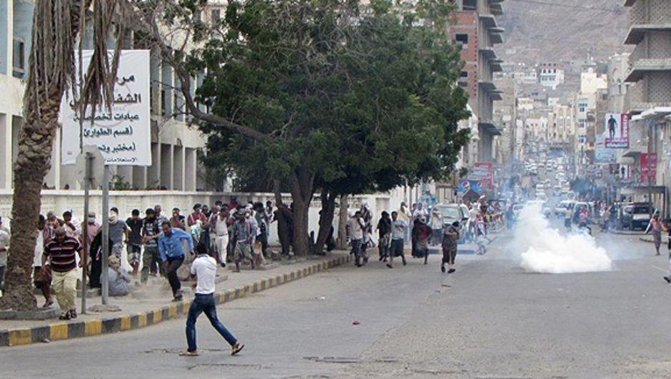 Yemen'de tansiyon düşmüyor