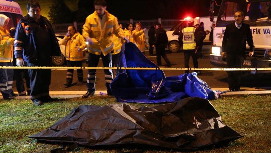 Aracın altında sürüklediği cesetle 5 kilometre yol gitti