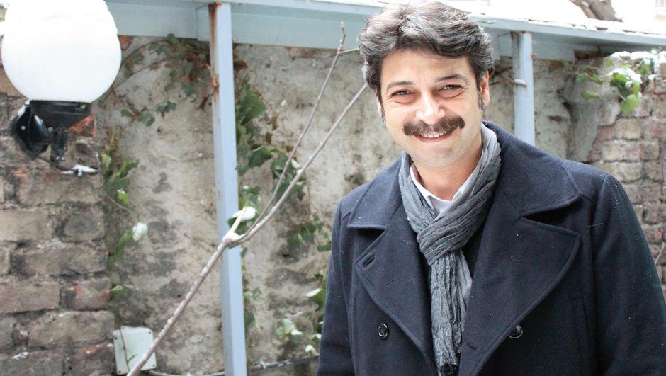 Ünlü oyuncu Erdinç Gülener, HT MAGAZİN'e konuştu