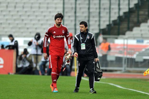 Bursaspor maçında sakatlanan Tolga Zengin...