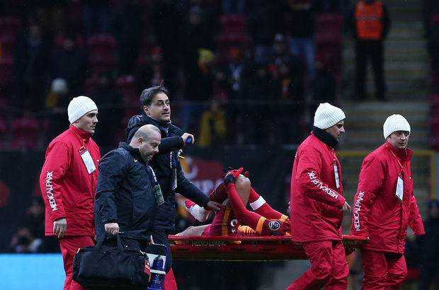 Felipe Melo sakatlandı, Galatasaray - Balıkesirspor maçı