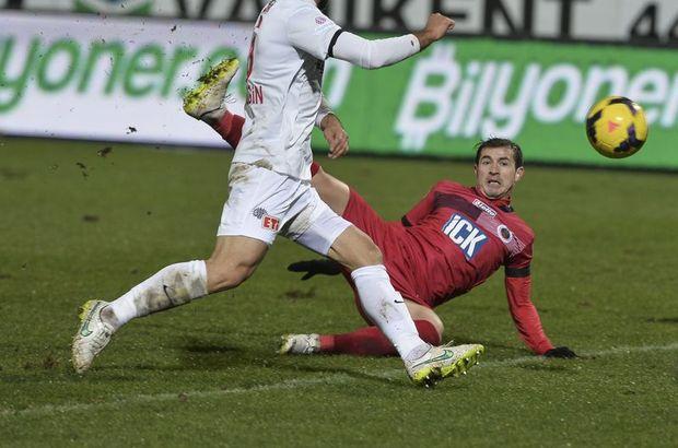 Gençlerbirliği - Eskişehirspor maçı, Bogdan Stancu'nun kolu kırıldı