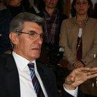 Turhan Tayan:  Darbe lamba açık bırakılarak yapılmaz