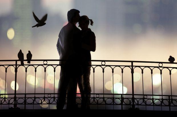 Aşkın ömrü kaç yıldır, Yrd. Doç. Oytun Erbaş çaıkladı