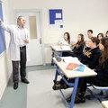 Temel liseler özel okullara rakip oluyor
