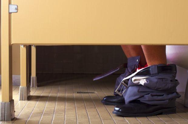 Tuvalette uzun zaman geçirenler dikkat!