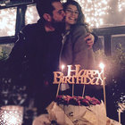 Beren Saat'ten romantik kutlama