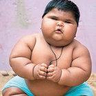 10 aylık Aliya Saleem dünyanın en kilolu bebeklerinden biri