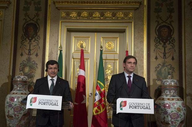 Başbakan Davutoğlu Portekiz'de askeri törenle karşılandı, Portekiz, Ahmet Davutoğlu