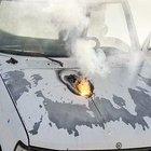 Amerika'nın lazer silahı kamyoneti bir mil uzaktan vurdu