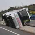 Bergama'da yolcu midibüsü devrildi: 1 ölü, 9 ya...