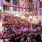 Feministlerin gece yürüyüşü