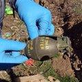 El bombası ve patlayıcı bulundu