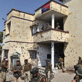 Hint polis karakoluna saldırı