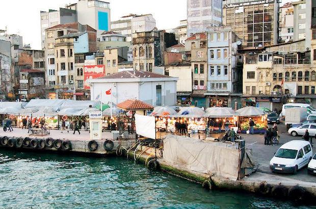 Karaköy'de çatal bıçak sesi arttı Beyoğlu'nda simitçiler bağırmıyor