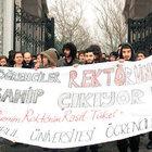 İstanbul Üniversitesi'nde Raşit Tükel eylemi