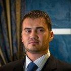 Yanukoviç'in oğlu Victor selfie kurbanı oldu