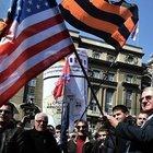 Belgrat'ta, NATO, AB, ABD ve Kosova bayrakları yakıldı