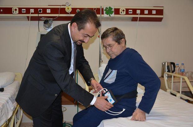 Ağrıları geçmeyen hastaya lokal anesteziyle ağrı pili takıldı